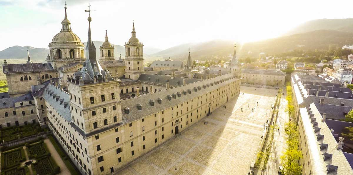 Royal Monastery of  El Escorial and Valley of The Fallen Tour