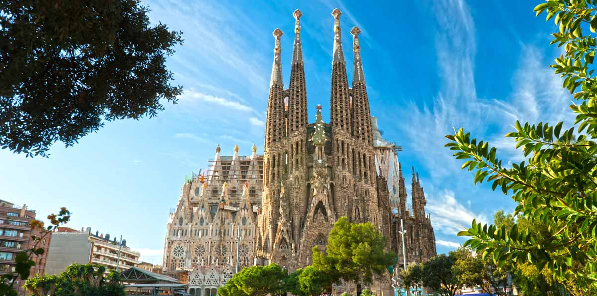 Barcelona Full Day Tour by high Speed Train (AVE) from Madrid