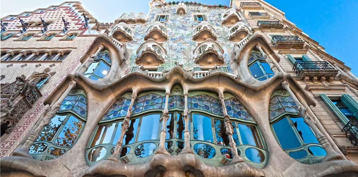 Tour de 1 día en Barcelona con AVE desde Madrid