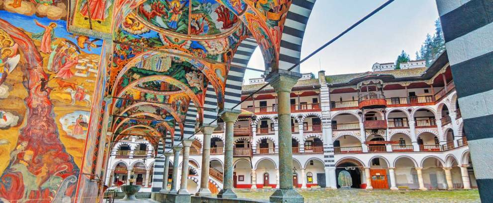 Traslado desde Sofía al Monasterio de Rila