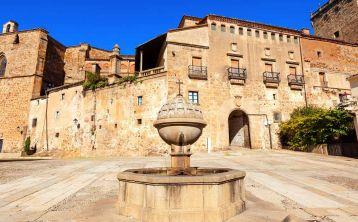 Excursión a Monfragüe, Plasencia y Yuste desde Cáceres