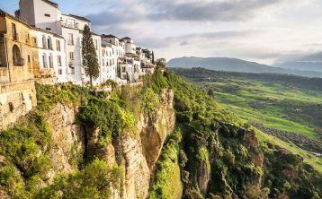 Tour a Ronda y Setenil de las Bodegas desde Cádiz
