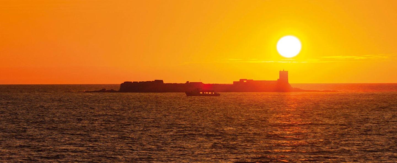 Atardecer en barco por Cádiz