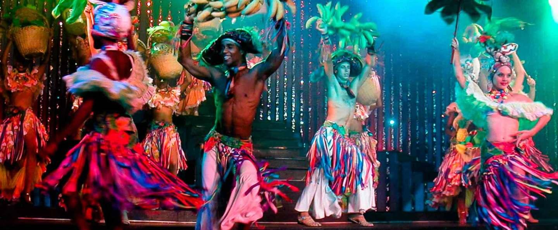 La Habana de noche con Show en Cabaret Parisien