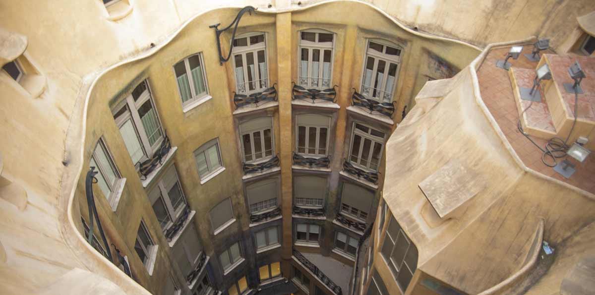 Entrada sin colas con audioguía a Casa Milà (La Pedrera)