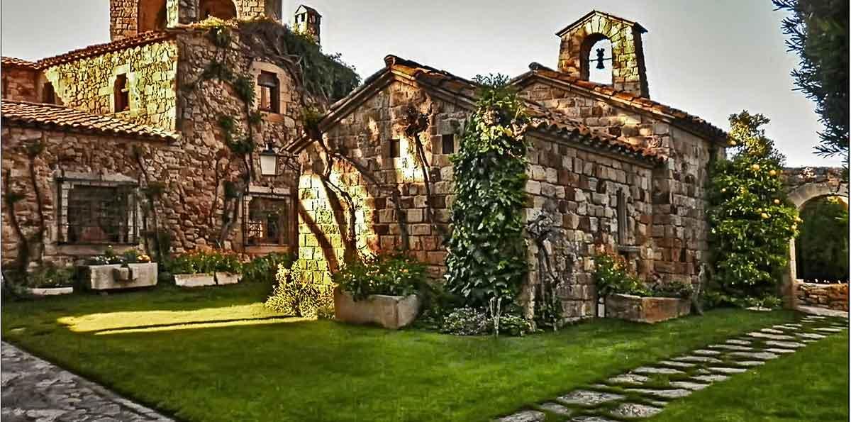 Tour por la Costa Brava desde Barcelona: Empúries e Islas Medes