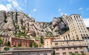Tour de medio día a Montserrat desde Barcelona