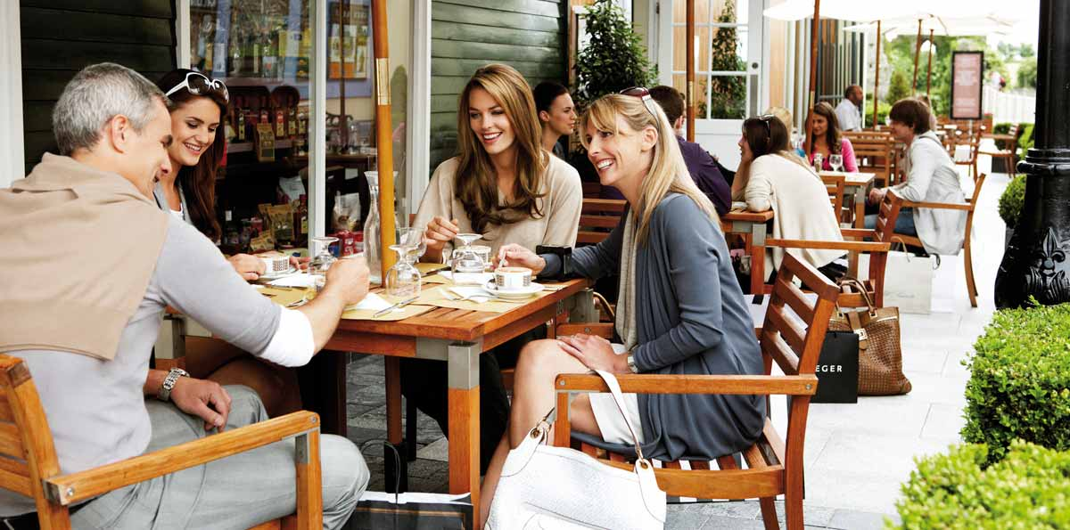 La Roca Village shopping tour with bus from Barcelona