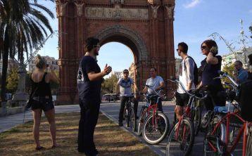 Tour  en bicicleta por los imprescindibles de Barcelona