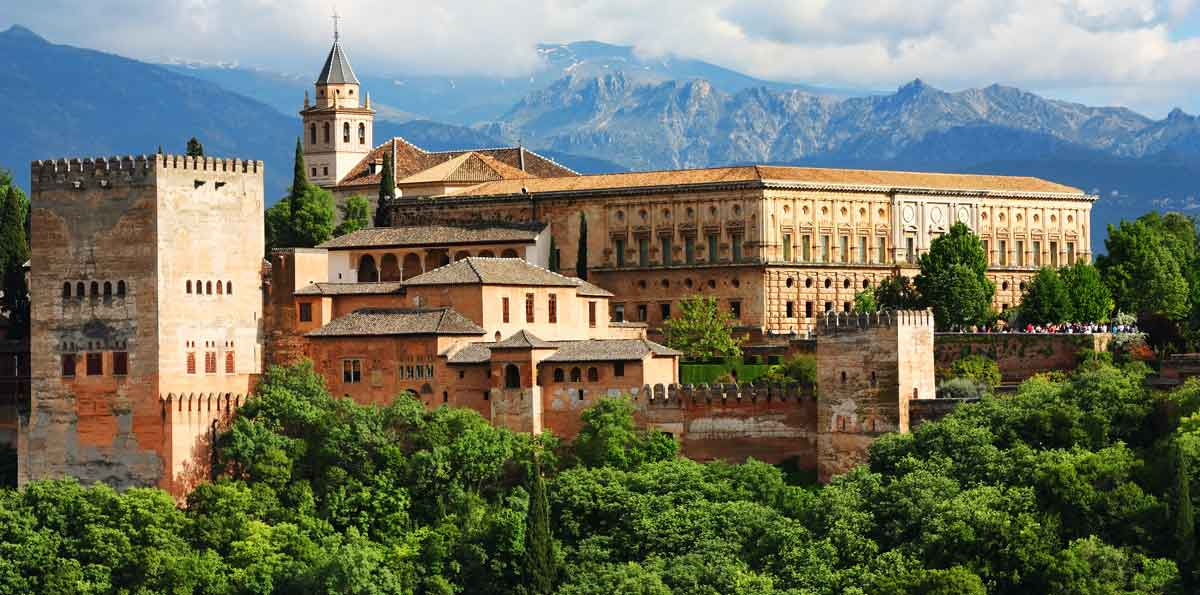 The Alhambra of Granada one day tour from Seville