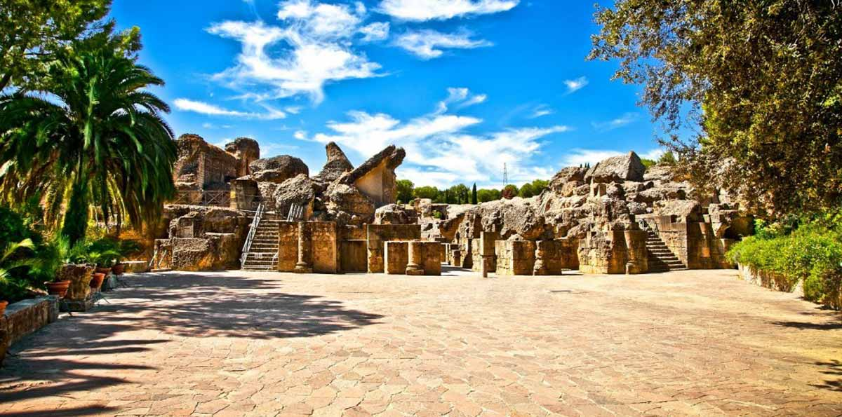 Italica tour from Seville