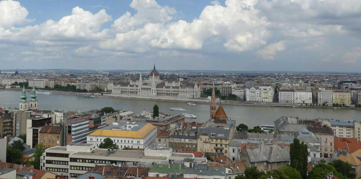 Visita guiada en Budapest + Entrada al Balneario Gellért