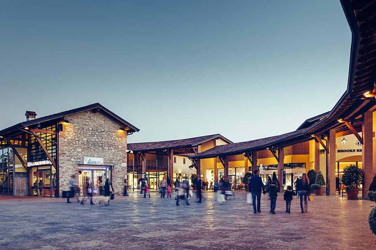 Cata de vinos y Shopping Tour en Franciacorta desde Bérgamo