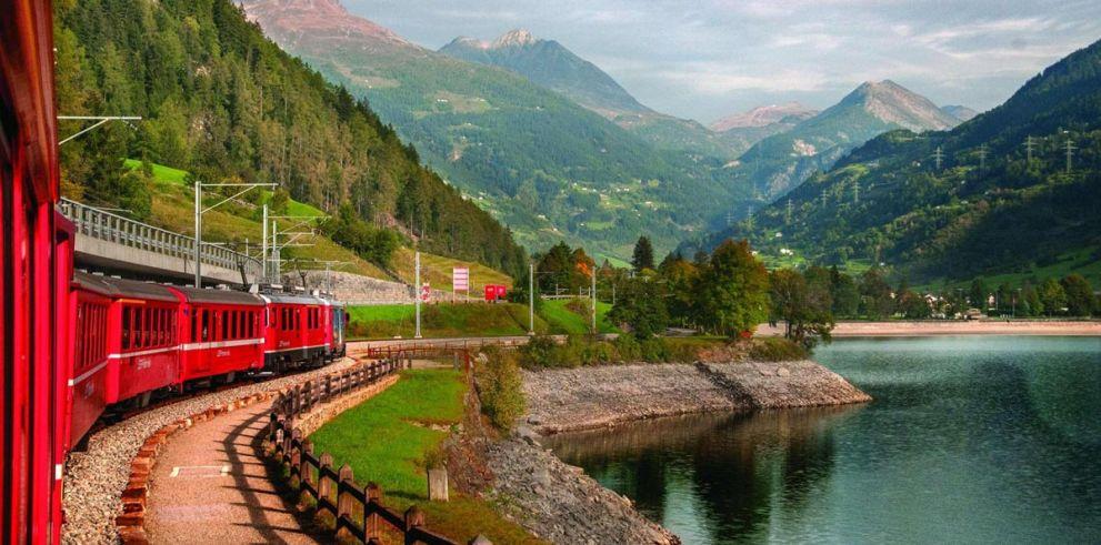 Tour por los Alpes Suizos en el Bernina Express