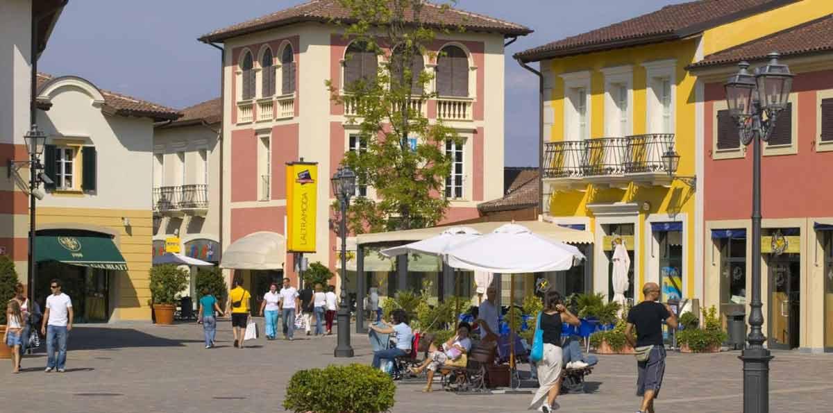 Tour de compras en Serravalle Outlet desde Milán