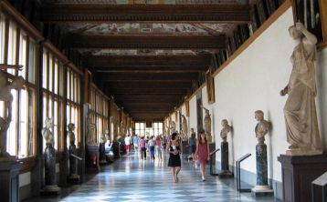 Florence Walking Tour and Uffizi Gallery from Pisa