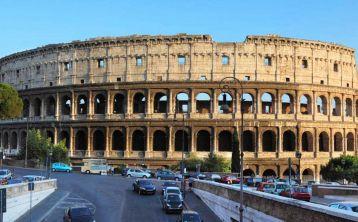 Tour al Coliseo de Roma y Catacumbas con almuerzo típico