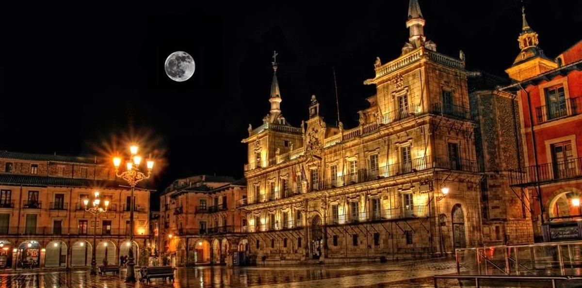 Visita Nocturna por León
