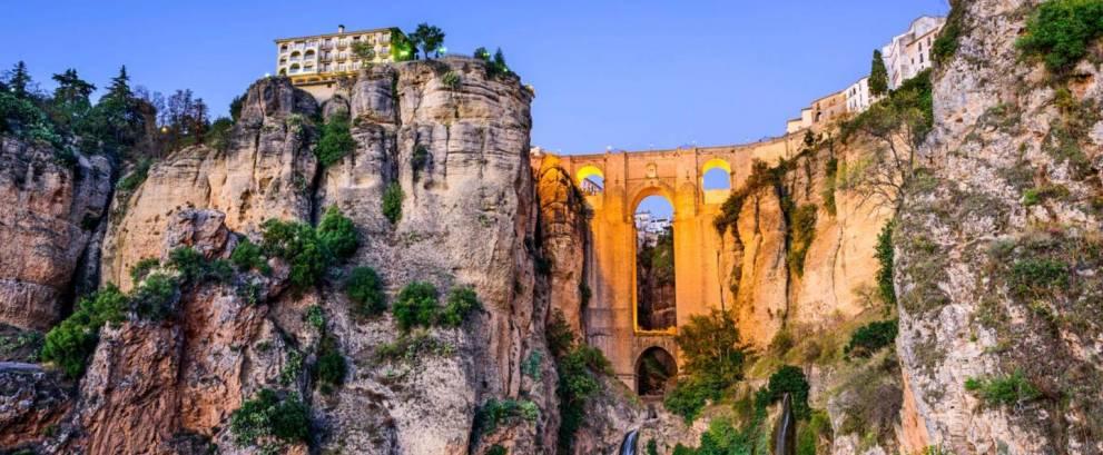 Tour Andalucía en 7 días: Córdoba, Sevilla, Ronda y Granada desde Madrid