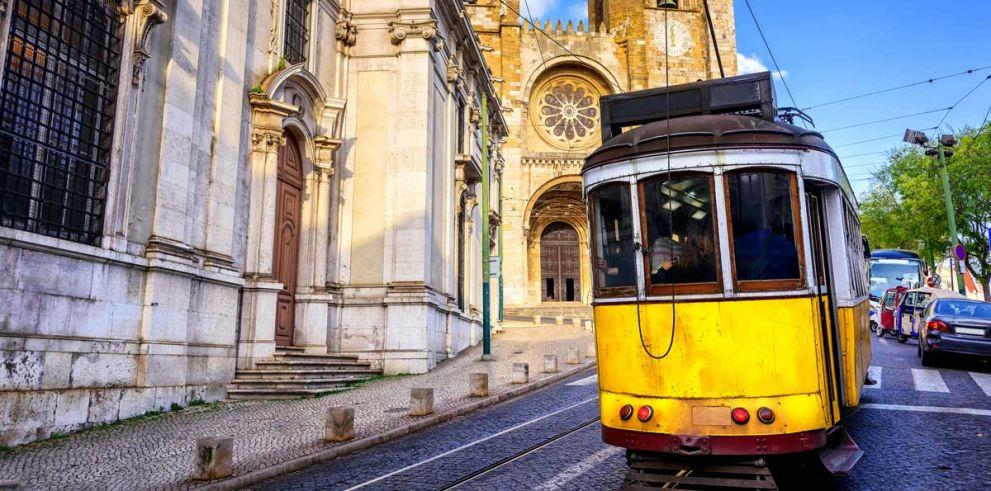 Tour a Lisboa, Fátima y Oporto desde Madrid en 6 días