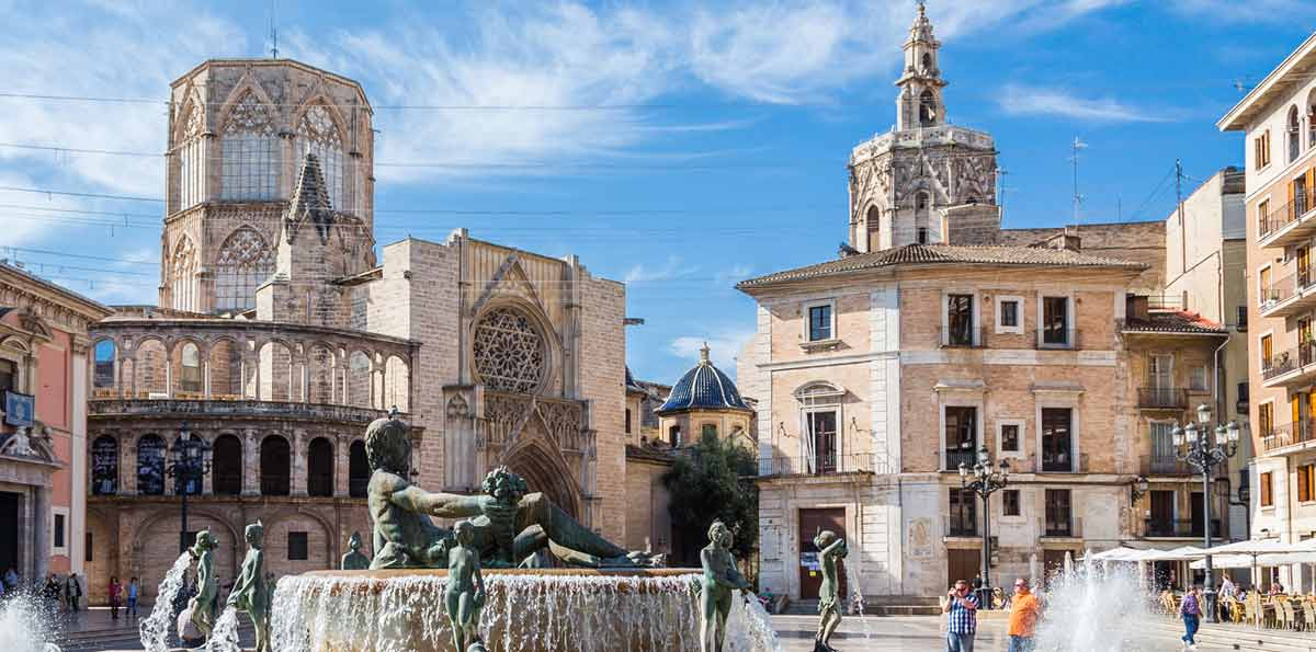 Tour of Andalucia, Valencia & Barcelona in 7 days from Madrid