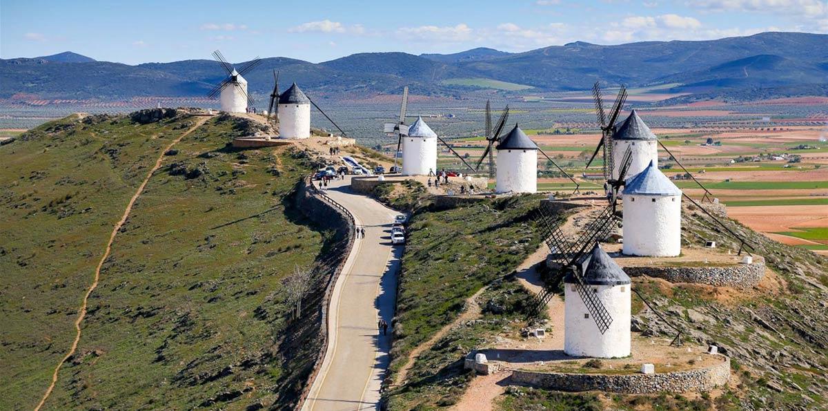 Excursión a Consuegra y Toledo desde Madrid