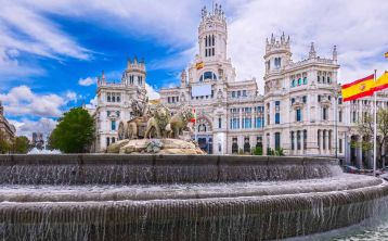 Tour Madrid Imprescindible con Acceso Rápido al Palacio Real