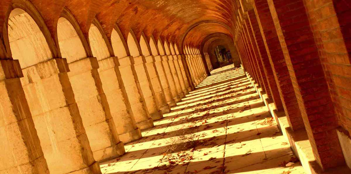 Monastery of El Escorial, Valley Of The Fallen  and Royal Site of Aranjuez Full Day Tour