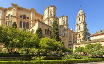 Málaga Walking Tour: Cathedral and City Center