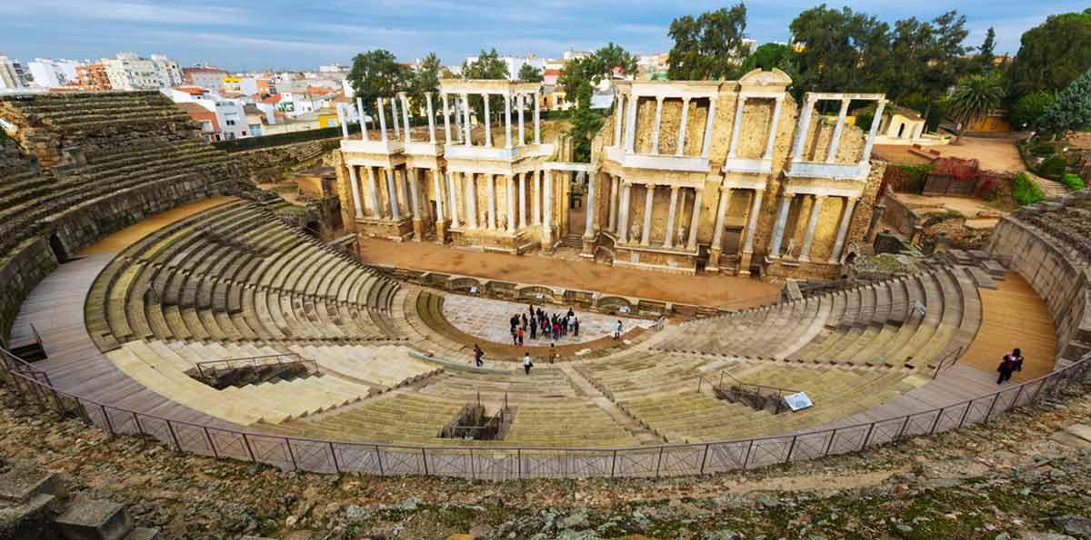 Visita guiada al Teatro y Anfiteatro romano de Mérida
