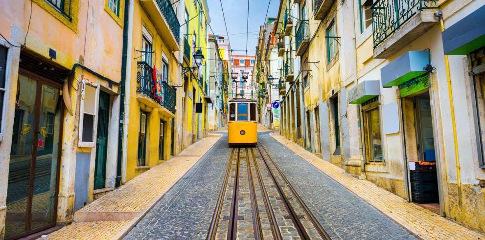 Lisbon Highlights Tour & Sintra, Cascais and Estoril Tour