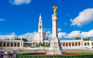 Fátima Sanctuary Half Day tour from Lisbon