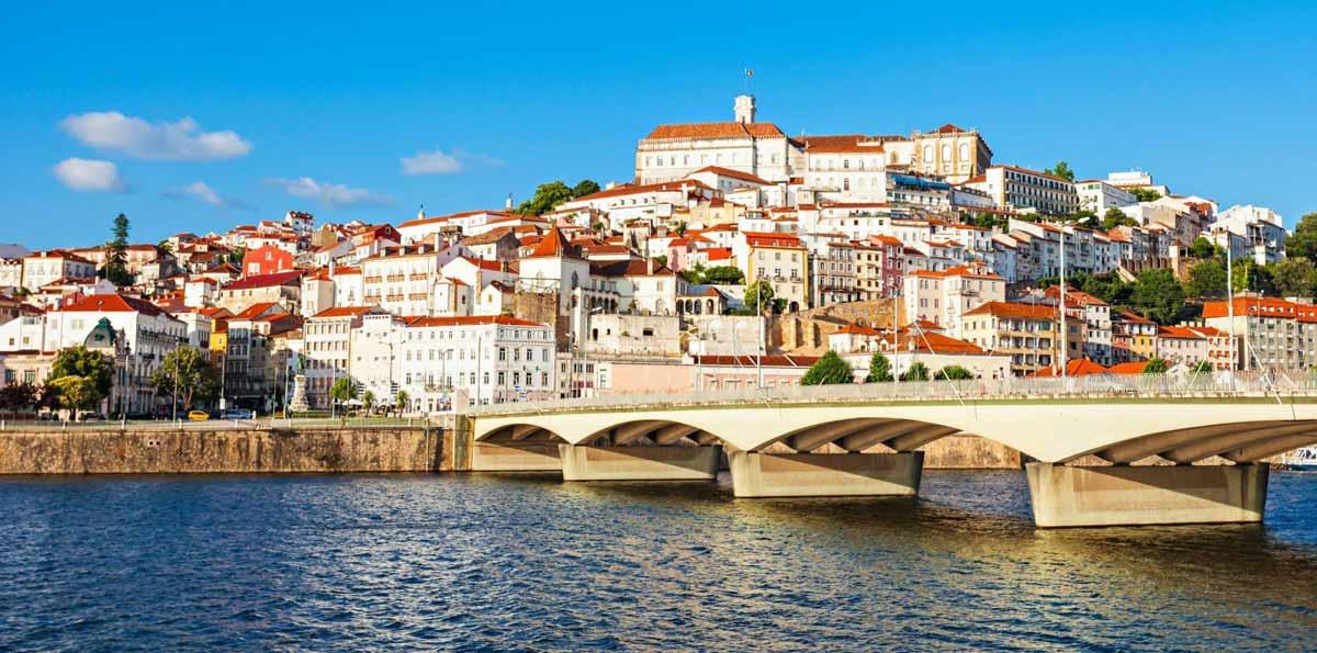 Tour de un día a Fátima y Coimbra desde Oporto