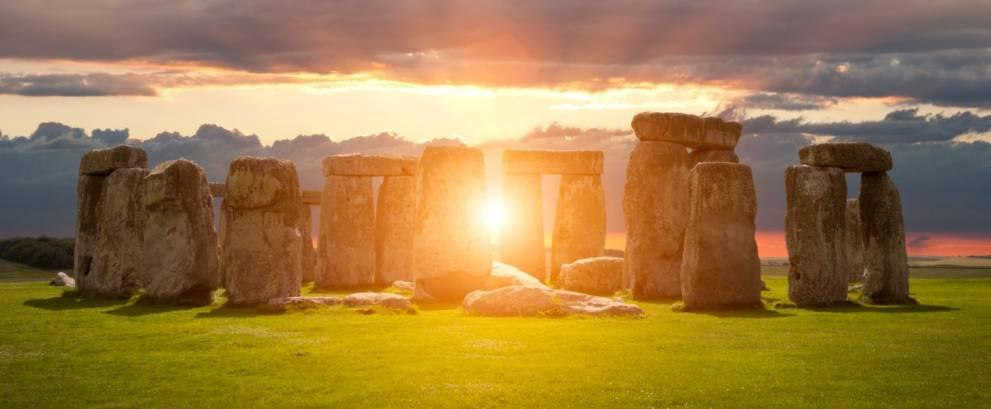 Tour a Stonehenge