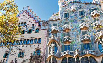 Catalan Modernisme tour & Modernisme Museum in Barcelona