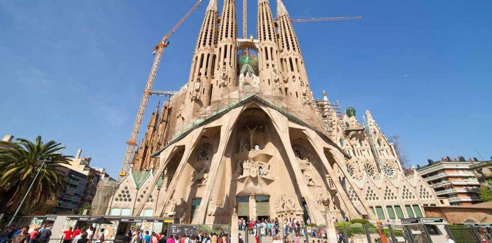 Barcelona: Tour Gaudí con acceso rápido a Sagrada Familia y Park Güell