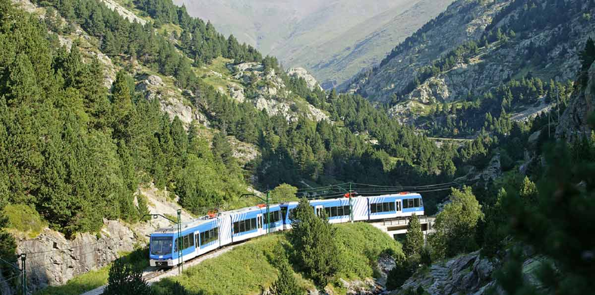 Tour Pirineos y Valle de Núria desde Barcelona