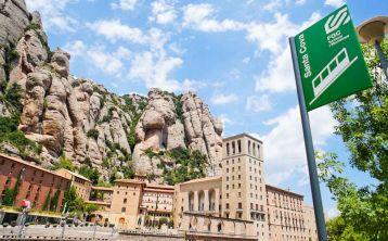 Tour Montserrat y Colonia Güell \(Cripta de Gaudí\) desde Barcelona