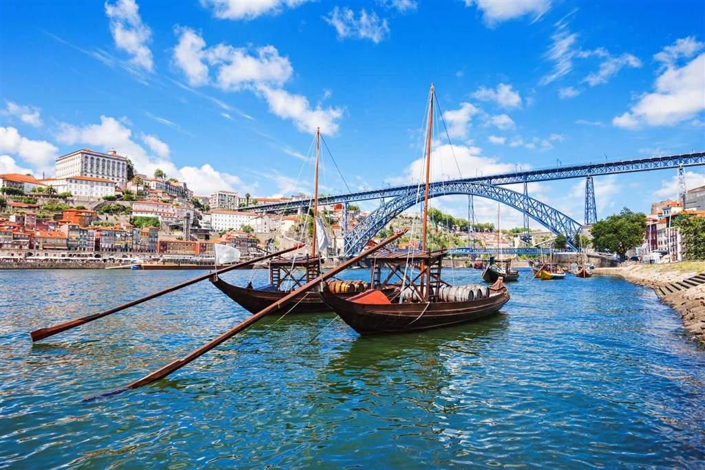 Norte de España, País Vasco y Portugal desde Barcelona en 12 días