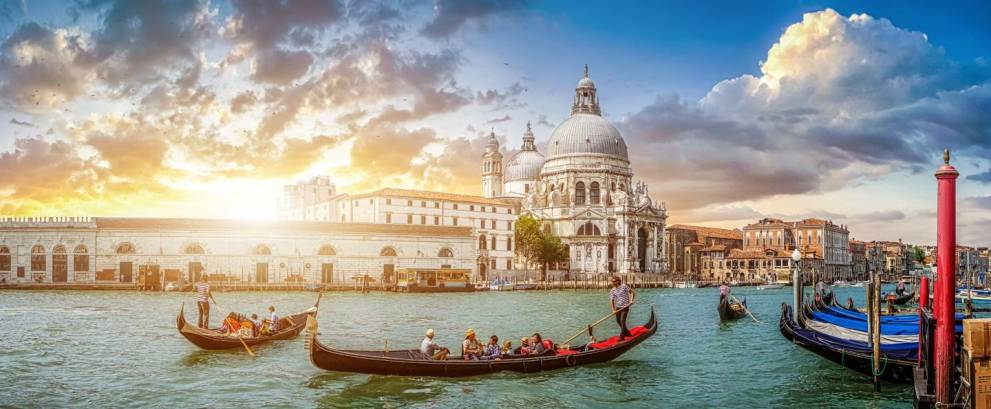 Spain, France & Italy Tour in 17 days