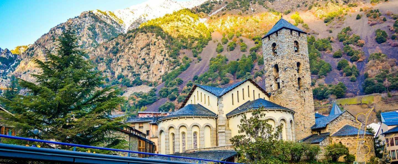 Circuito Tres Naciones: Pirineo, Lourdes y Andorra