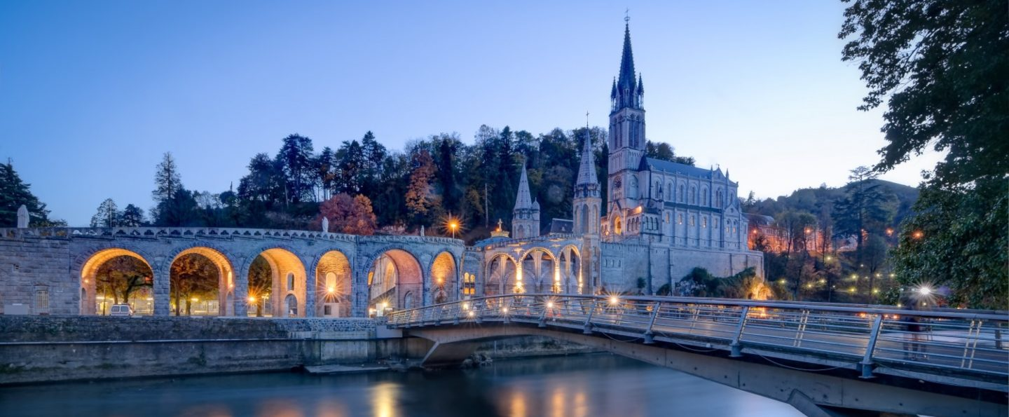 Tour Madrid, Lourdes y París
