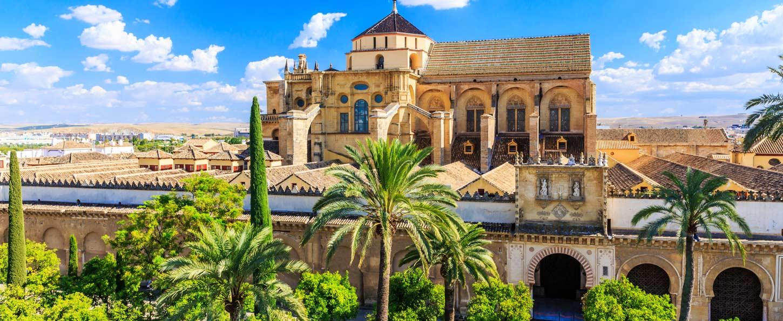 Visita guiada en Córdoba: Mezquita, Alcázar, Judería, Baños Califales y Capilla Mudéjar