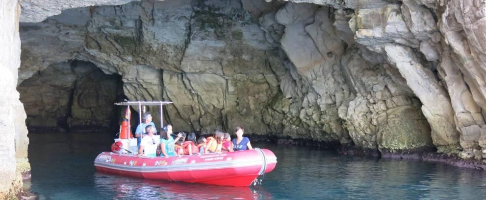 Paseo en barco desde la Isleta del Moro