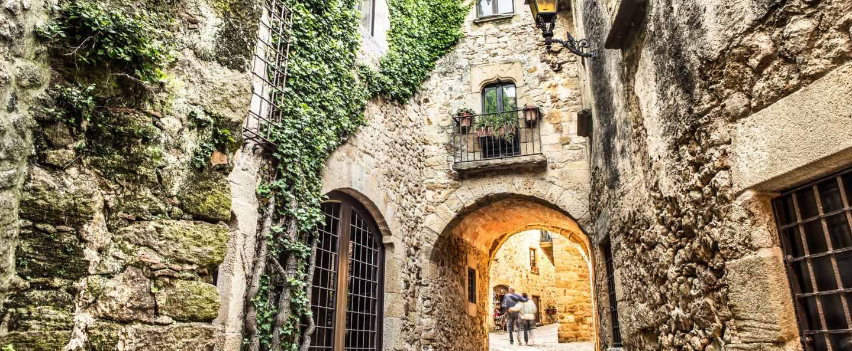 Excursión Pueblos Medievales de Girona
