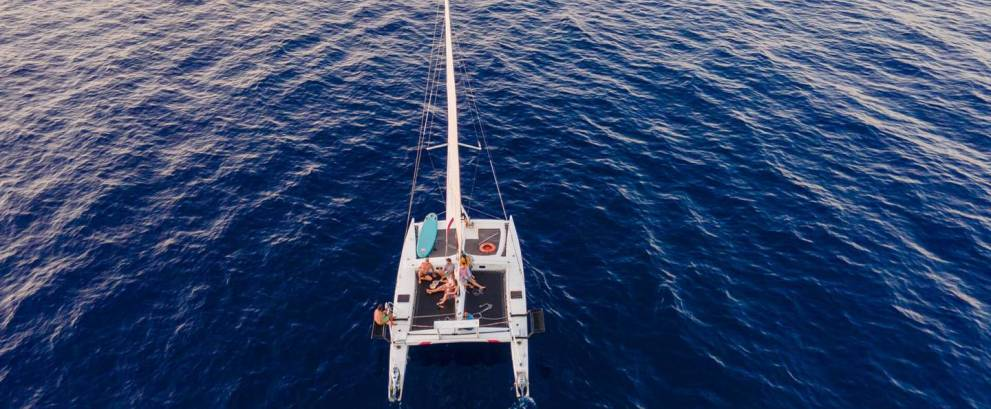 Paseo en catamarán en Fornells