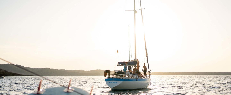 Excursión en velero por el norte de Menorca