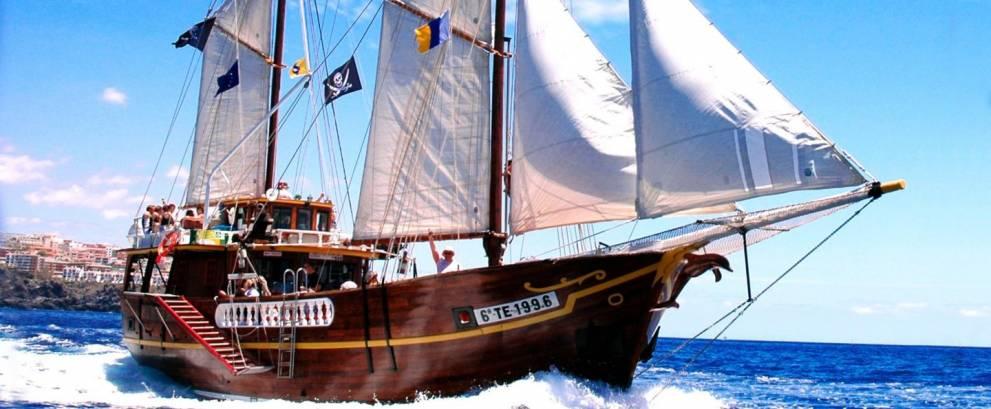 Excursión en barco Acantilados Los Gigantes