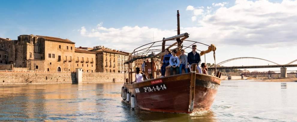 Tour Tortosa con paseo en barco