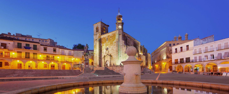 Tour nocturno Trujillo de leyenda